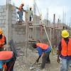 Construction d'un complexe de 3 modules (capacité d'accueil 24 familles), d'un amphithéâtre, d'un terrain de basket et amélioration des voies d'accès